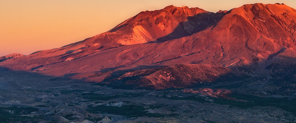 Mt St Helens - Sunset on the Mountain